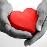 czerwone-serce-dlonie-150x150.jpg